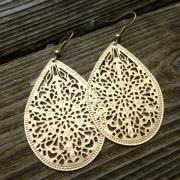 Gold filigree earrings. Dangle earrings. Gold jewelry. Gold Hoop earrings. Gold metal earrings. Boho. Bohemian earrings.