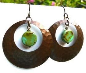 Bronze hammered hoop earrings with green Picasso Czech glass jewelry, hoop earrings, green glass, brown hoops